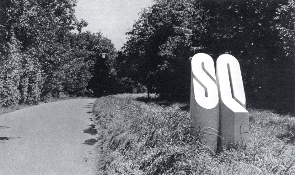 Saint Quentin-en-Yvelines prototype, published in Graphis 195